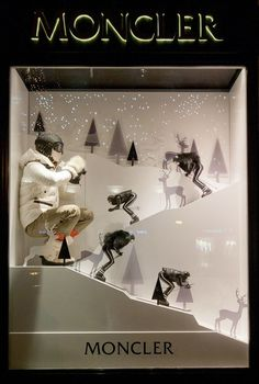 http://retaildesignblog.net/2015/12/10/moncler-windows-2015-winter-budapest-hungary/