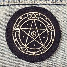 #embroidery #embroideryart #embroideryartist #embroidered #needlework #witch #witchy #witchythings #witchartwear #witchywoman #witchesofinstagram #pagansofinstagram #darkfashion #alternativefashion #darkstyle #wiccan #bestoftheday #patch #embroideredpatch #embroiderypatch #pentagram #accessoriesoftheday #accessories #fourelements #embroideryinstaguild #pinpost #backpatch #gothicfashion #gothfashion #pagan