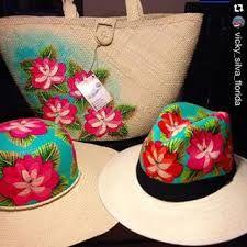 sombreros de mujer pintados - Buscar con Google Sombreros Pintados A Mano 0fab04d9eac