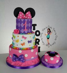 Minnie mouse bowtique by cakes by dusty