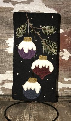 felted wool crafts In The Pines Skninnies Penny Rug Patterns, Wool Applique Patterns, Felt Applique, Print Patterns, Felt Christmas Decorations, Felt Christmas Ornaments, Christmas Art, Cowboy Christmas, Xmas