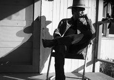The Gunslinging Wit of Raylan Givens - The New Yorker