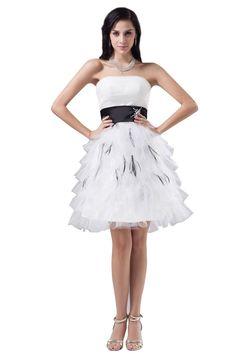 Amazon.co.jp: 【Wonderfulドレス】ふわふわ プリンセスドレス 白 黒いサッシュ ウェディングドレス エンパイアドレス 二次会 パーティードレス 大きいサイズ 結婚式 ドレス フォーマルドレス 大きいサイズ 41155: 服&ファッション小物通販