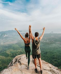 couple date ideas pictures - couple date ideas . couple date ideas at home . couple date ideas pictures . couple date ideas creative . couple date ideas things to do . couple date ideas romantic . couple date ideas summer . couple date ideas winter Tumblr Couple Pictures, Couple Beach Pictures, Couple Goals Tumblr, Tumblr Couples, Life Pictures, Romantic Boyfriend, Romantic Photography, Photography Ideas, Hiking Photography