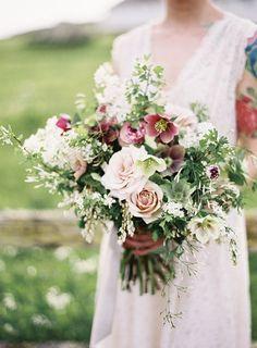 Cudowne bukiety ślubne na lato