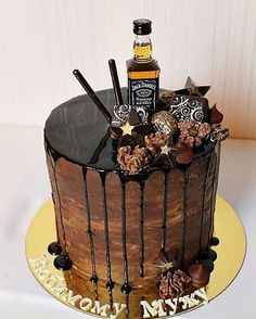 Jack Daniels cake Jack Daniels Cake, Alcohol Cake, 18th Cake, Bolo Cake, Birthday Cakes For Men, Pastry Cake, Occasion Cakes, Drip Cakes, Sweet Cakes