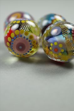 Blown glass beads by Melanie Moertel, handmade - every detail you see is made with glass. (no actual paint is used) - www.melaniemoertel.com