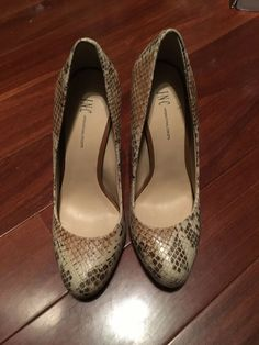 87c0178a57bd INC International Concepts Lilly Pumps Size 5.5 Leather High Heels Snake  Print  fashion  clothing