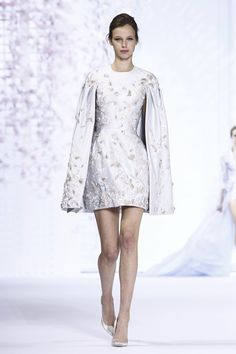 Ralph & Russo Couture Spring Summer 2016 Paris...Cute, Work within your budget for that ultimate bridal look. Ask for fabric suggestions to achieve this look.
