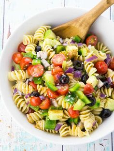 10 Healthy And Cheap Lunch Recipes. 10 Healthy And Cheap Lunch Recipes. Here is a list of 10 healthy and cheap lunch recipes. Healthy Sweet Snacks, Healthy Recipes On A Budget, Healthy Pastas, Potluck Recipes, Vegetarian Packed Lunch Recipes, Cheep Healthy Meals, Healthy Meal Options, Healthy Cheap Recipes, Cheap Healthy Breakfast