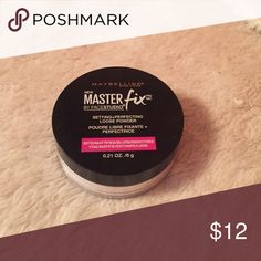 Maybelline Master Fix Loose Powder Setting and perfecting loose whiter translucent powder. Smooths and mattifies the skin and has an undetectable finish. Perfect for baking and setting face. Only used once didn't work on my dry skin. 0.21 oz Maybelline Makeup Face Powder