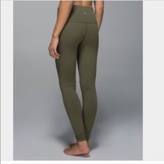 ISO Lululemon leggings Looking for olive green and maroon wunder under leggings! Size 2 maybe 4 for reasonable prices :) lululemon athletica Pants Leggings