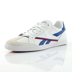 size 41, 42.5 in france, 30€