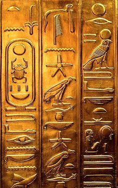 Jeroglíficos De oro