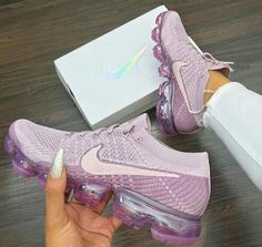 74 awesome trainers you should have - Pink lilac Nike, female sport shoes Air Max Sneakers, Shoes Sneakers, Shoes Heels, High Heels, Sneakers Women, Cute Shoes, Me Too Shoes, Basket Style, Urban Apparel