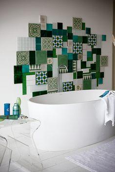 Bulles et mosaïques – La touche d'Agathe – salles de bain, bathroom, bath, bain, shower, sink, lavabos, towel, serviettes, vanity, galets - Mosaïque
