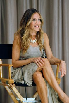 Sarah Jessica Parker Photos Photos - Actress Sarah Jessica Parker attends the screening of I Don't Know How She Does It at Scandinavia House Screening Room on September 14, 2011 in New York City. - I Don't Know How She Does It And Moms
