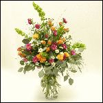 Sending fresh flowers is a classic way to show your affection. Freshly cut from our Farms, La Bella Baskets semi bloomed bouquets are either filled with beautiful roses, vibrant colors or elegant lilies. With our next day delivery service you can ensure your flowers will arrive just in time for any occasion.    http://www.labellabaskets.com/Qstore.cgi?AID=5286
