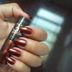 """""""Escolhido da vez: """"boca seca perolado"""", da @gioanto para @speciallita. Amay! Kkk  #nails #unhas #esmalte #gioantonelli #speciallita"""""""