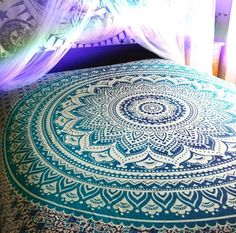 Beautiful Indian Ombre mandala Throw wall hanging made exclusively by Craft Aura. This tapestry features dual colour Ombre tone, with an Mandala medallion. Perfect for topping a bed, couch, wall or your favorite chair. Blue Tapestry, Indian Tapestry, Bohemian Tapestry, Mandala Tapestry, Mandala Print, Tapestry Fabric, Mandala Throw, Tapestry Bedroom, Mandala Design