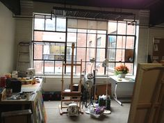 Setting up my art studio in the Complexe du canal Lachine - Claire Desjardins