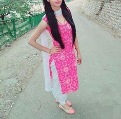 #pintrest@Dixna deol Punjabi Salwar Suits, Designer Punjabi Suits, Indian Designer Wear, Patiala, Kurti Designs Party Wear, Salwar Designs, Blouse Designs, Trendy Suits, Classy Suits