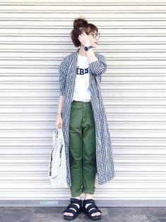 39 Trendy Moda Fashion Woman Trousers in 2020 Fashion Pants, Fashion Outfits, Womens Fashion, Fashion Fashion, Japan Fashion, Daily Fashion, Japanese Street Fashion, Korean Fashion, Japan Summer Outfit