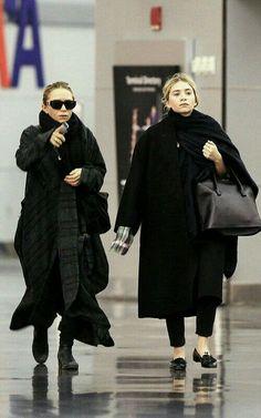 Maxi coat. Sobretudo Preto. Irmãs Olsen