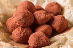 Trufe Tiramisu, fara coacere - Retete practice Nutella, Sweet Recipes, Tiramisu, Smoothies, Sweet Tooth, Cakes, Kitchen, Desserts, Food