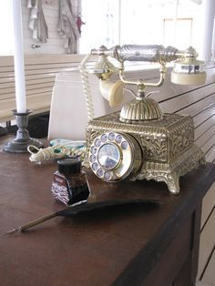 Vintage Phone. I had one of these phones and I loved it but husband hated using it. LOL