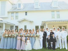 Bride and Groom with their wedding party at outdoor May wedding. The Sonnet House | J. Woodbery Photography