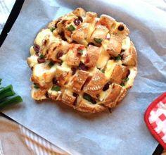 Hapje voor Oud en Nieuw: pizzaplukbrood ·  LINDA.