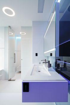 White bathroom scheme Highly Modern Interior Design by house design interior house design Apartment 9, Apartment Interior, Apartment Design, Interior Design Minimalist, Interior Design Studio, My Home Design, House Design, Interior Architecture, Interior And Exterior