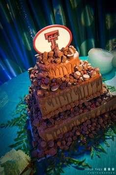 Texas Tech Sweet Treat Cake - Check out the double t topper!