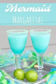 Cocktail Confessions: Mermaid Margarita Margaritas are some of our favorite summer cocktails and this ocean blue mermaid margarita is our new favorite. Sipping on the sweet, blue … Cocktails Bar, Cocktail Drinks, Cocktail Recipes, Sweet Cocktails, Bourbon Drinks, Non Alcoholic Drinks, Fun Drinks, Yummy Drinks, Beverages