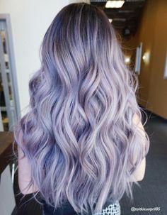 Lilac Hair Dye, Grey Hair Wig, Pastel Purple Hair, Dark Ombre Hair, Hair Color Purple, Dyed Hair, Pretty Pastel, Emo Hair, Hair Wigs