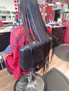 Wet Hair, Haircuts, Furniture, Home Decor, Homemade Home Decor, Hair Cuts, Home Furnishings, Hair Cut, Decoration Home