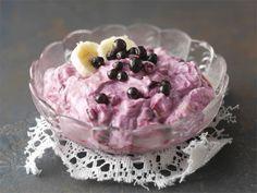 Kevyt mustikka-banaanirahka Diet Recipes, Vegetarian Recipes, Healthy Recipes, My Cookbook, Cooking Classes, Healthy Baking, I Love Food, Tapas, Sweet Tooth
