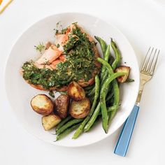 Roasted Salmon with Potatoes and Green Beans