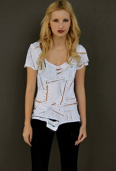 DIY INSPIRATIONAL IMAGE:  inspired ripped and safety pinned tee