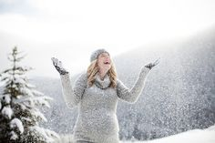 Winter maternity picture, too cute.
