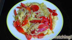 One Pan Bell Pepper Onion and Eggs Recipe : ผัดพริกหยวกใส่ไข่ใส่หอมใหญ่