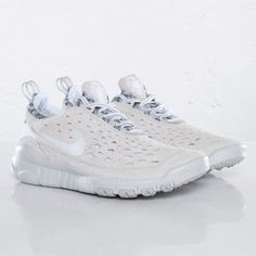 Nike Free Trail - White/Neutral Grey $139 at Sneakersnstuff