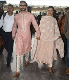 Celebrity couple Ranveer Singh and Deepika Padukone were spotted at Bengaluru airport while leaving for Mumbai. Mens Indian Wear, Mens Ethnic Wear, Indian Groom Wear, Indian Men Fashion, Indian Attire, Indian Outfits, Punjabi Fashion, Mens Wedding Wear Indian, Ethnic Fashion