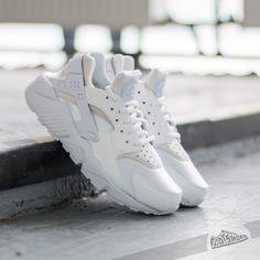 Nike Wmns Air Huarache Run White  White za skvělou cenu 2 490 Kč koupíte na ce81e5ff33