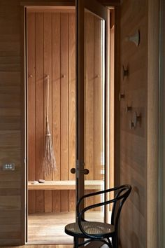 Gallery of Pirates Bay House / O'Connor and Houle Architecture - 24