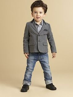 Armani Junior - Toddlers Little Boys Blazer my nephew Gavin would look so cute in this! Toddler Fall Fashion, Little Boy Fashion, Baby Boy Fashion, Kids Fashion, Winter Fashion, Toddler Boy Outfits, Toddler Boys, Kids Outfits, Blazer For Boys