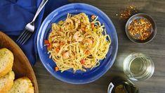 Scrumptious Shrimp Scampi Linguine Video Shrimp Dishes, Shrimp Recipes, Pasta Dishes, Fish Recipes, Food Dishes, Asian Recipes, Main Dishes, Ethnic Recipes, Shrimp Scampi Linguine