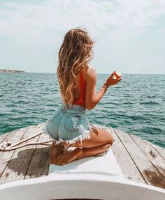 Shop for trendy swimwear, clothing and accessories for women at affordable prices Poses Photo, Picture Poses, Summer Photography, Portrait Photography, Photography Bags, Beach Fashion Photography, Photography Accessories, Photography Lighting, Photography Workshops