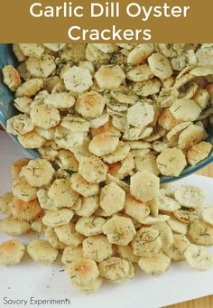 Garlic Dill Oyster Crackers are the perfect snack soup. Garlic Dill Oyster Crackers are the perfect snack soup topper Garlic Dill Oyster Crackers are the perfect snack soup topper or salad crouton. They add an extra touch to any dish! Oyster Cracker Snack, Seasoned Oyster Crackers, Ranch Oyster Crackers, Salty Snacks, Yummy Snacks, Apps, Snack Mix Recipes, Snack Mixes, Easy Recipes